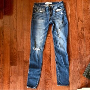 Abercrombie & Fitch Long Distressed Skinny Jeans